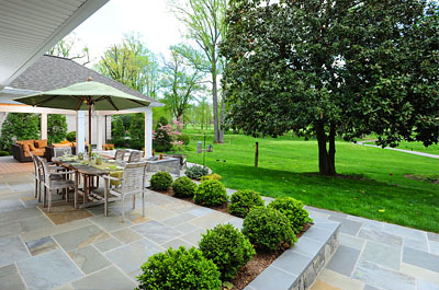 Stone Patio, masonry design and build contractor in connecticut